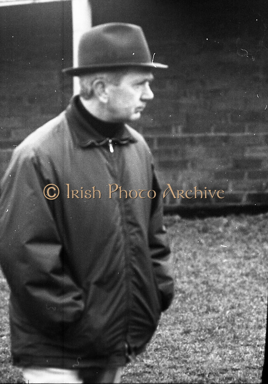 Vincent O'Brien with 'Sir Ivor' at O'Brien Stables, Cashel. &quot;Sir Ivor' was owned by American businessman and U.S. Ambassador to Ireland, Raymond R. Guest. The horse was named for his British grandfather, Sir Ivor Guest, 1st Baron Wimborne. 'Sir Ivor' won three races in 1967, the Grand Criterium at Longchamp and the National Stables and the Probationers State at the Curragh. <br /> 11.03.1968
