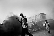 Port au Prince, Haiti -  wedensday 20.<br /> Looting continues in Port-au-prince. central part of town is still being looted. fights between haitians gets worse ans worse. stabbings and shootings are happening everyday.