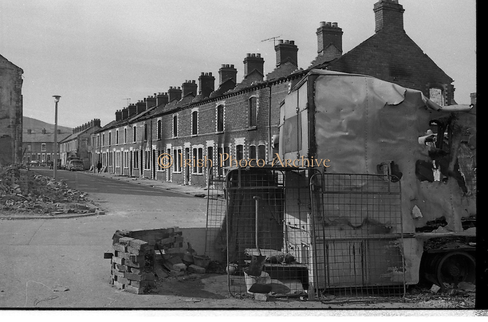 View of Belfast, Barricades, Falls Rd, Clonard, bombay st, nationalists, homes burned, by British loyalists,  <br />