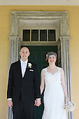 Creative Wedding Photography: Washington Crossing Inn Wedding Photos - Cara and Chris