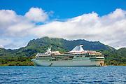 Paul Gauguin, cruise ship, Maroe Bay, Huahine, French, Polynesia