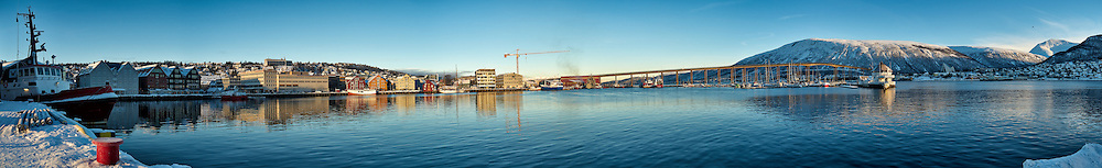 Winter Panorama of Tromsø. Composite of thirteen images taken with a Leica X2 camera (ISO 100, 24 mm, f/8, 1/250 sec). Raw images processed with Capture One Pro and the composite panorama generated using Auto Pano Giga Pro.