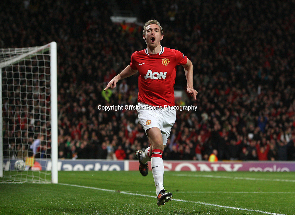 22/11/2011 - UEFA Champions League (Group C) - Manchester United vs. SL Benfica - Darren Fletcher of Man Utd celebrates after scoring their 2nd goal - Photo: Simon Stacpoole / Offside.