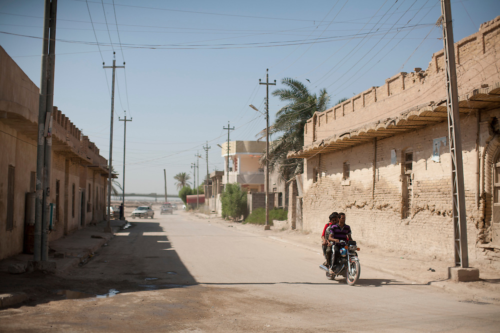 A street scene on Friday, October 22, 2010 in Qurnah, Iraq.