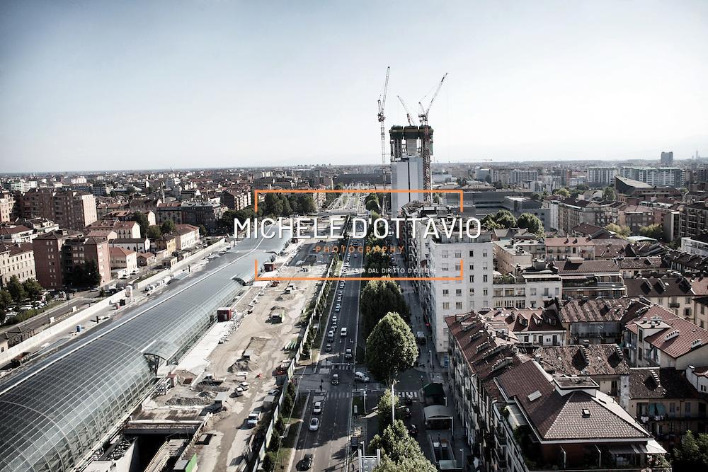 Torino, cantiere del grattacielo Torre Intesa Sanpaolo progettato da Renzo Piano.  8 agosto  2012