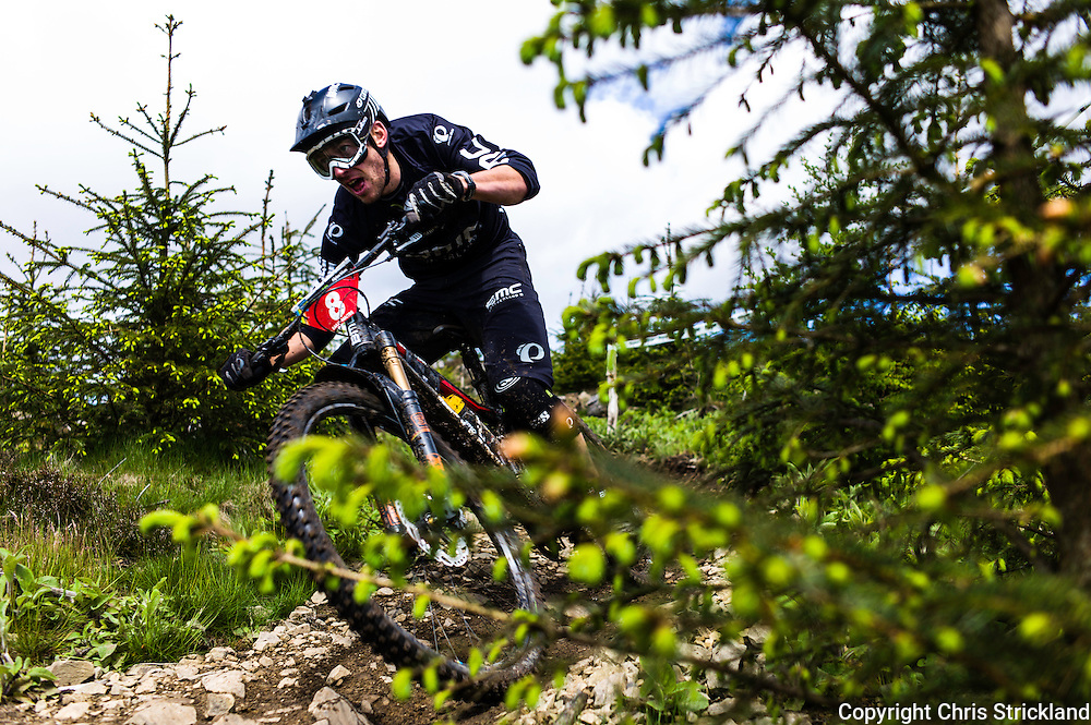 Glentress, Peebles, Scotland, UK. 31st May 2015. Francois Bailly-Maitre in action on Stage 8 at The Enduro World Series Round 3 taking place on the iconic 7Stanes trails during Tweedlove Festival. Mountain bikers come up against eight stages across two days, with an intense 2,695 metres of climbing over 93km. As well as the physicality of the liaisons, the stages themselves are technical, catching many off guard.
