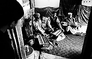 Musicians Old City  Peshawer Pakistan January 2002..David Dare Parker / Network Photographers