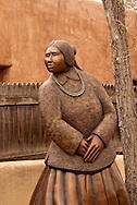 Santa Fe, New Mexico, Canyon Road, sculpture, art gallery