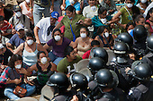 2014-05-23: Violent Eviction of La Puya