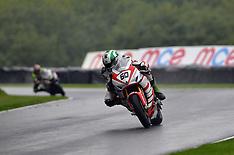 R8 MCE British Superbikes Cadwell Park - 2014