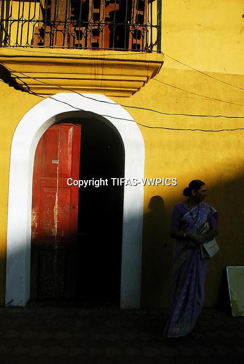 woman in sari 2
