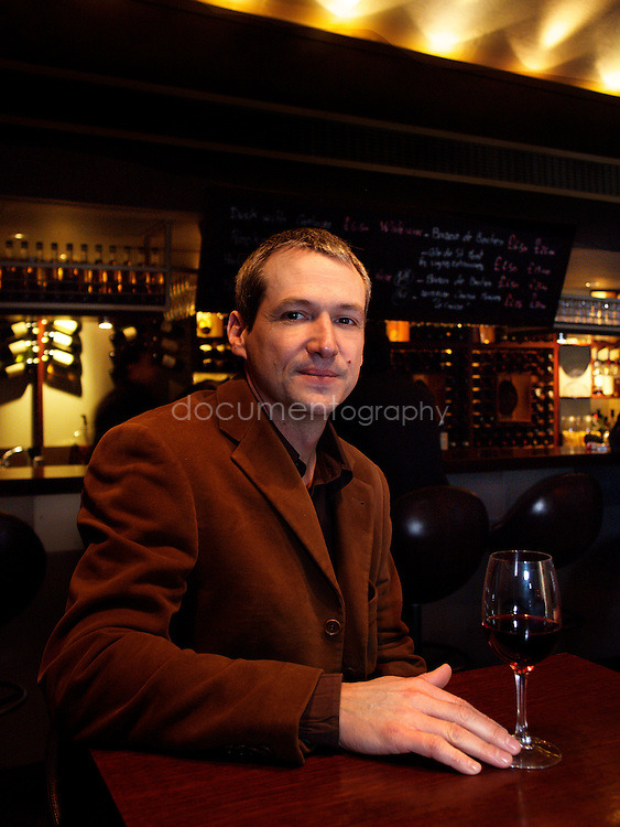 Vincent Labeyrie, au winebar/restaurant Cellar Gascon dont il est l'un des fondateur. Londres, UK, Janvier 2006.