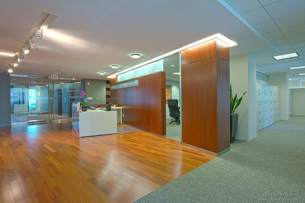 Commercial interior image of escm law firm in washington dc architectural photo artistry by for Interior design firms washington dc