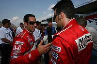 Helio Castroneves, Sam Hornish Jr., Michigan IRL race Firestone Indy 400, Michigan International Speedway, Brookly, MI USA,7/30/2006