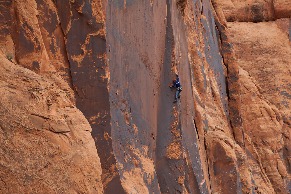 Matt Pesce on Man After Midnight, 5.11c, Wallstreet, Moab, Utah
