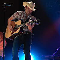 Justin Moore - Erie St. Theater - 11.20.09