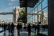 London. UK.  More London place. the new modern area on the right bank of the Thames  / Londres . Grande Bretagne