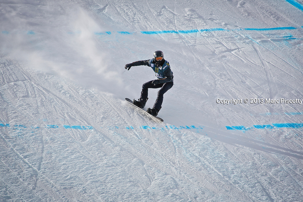 SHOT 12/19/13 12:31:27 PM - U.S. snowboarder Shaun White lands a jump while competing in the Men's Snowboard Slopestyle Qualifiers at the U.S. Snowboarding and Freeskiing Grand Prix on December 19, 2013 at Copper Mountain, Colorado.<br /> (Photo by Marc Piscotty / &copy; 2013)