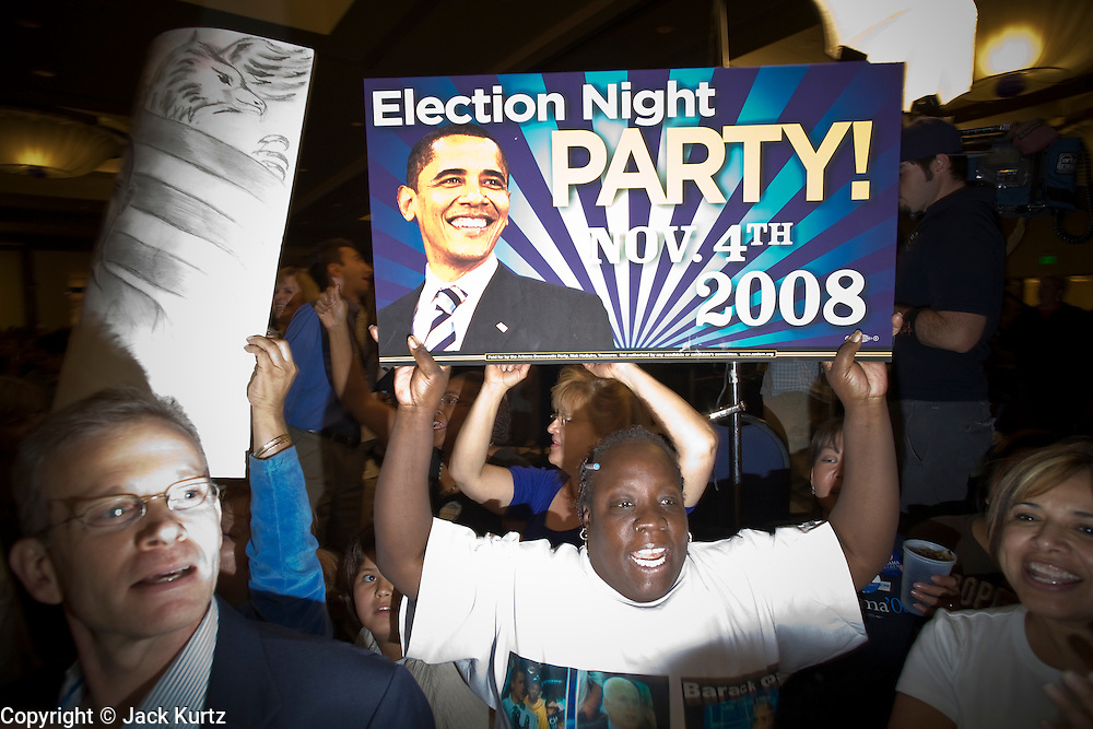 04 NOVEMBER 2008 -- PHOENIX, AZ: People celebrate the election of Barack Obama at the Wyndham Hotel in Phoenix, AZ, scene of the Democratic parties election watch festivities in Phoenix. PHOTO BY JACK KURTZ