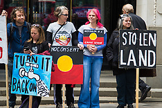 2015-06-01 Protest at Australian embassy against closure of Aboriginal communities.