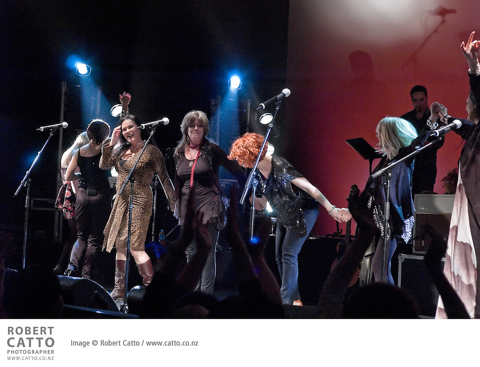 New Zealand singer/songwriters Shona Laing, Annie Crummer, Sharon O'Neill, Margaret Urlich, Debbie Harwood, Julia Deans and Lisa Crawley feature in the show Give It A Girl at Auckland's Sky City Theatre.