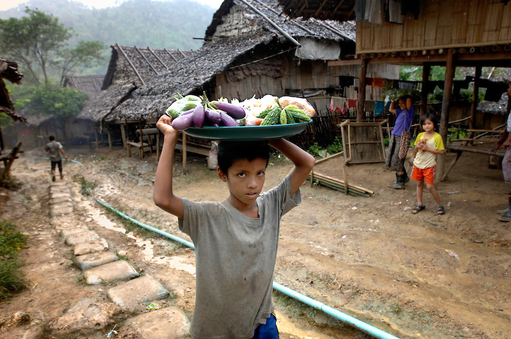 Mae La refugee camp,  Thailand (Thai-Burma border)<br /> 05 October  2007<br /> <br /> Burmese political refugees, from the main ethnic Karen, have been living for more than 20 years in this camp, at approximately 80km of Mae Sot. The refugees are mainly Buddhists and Christians, with a smaller number of Muslims. Mae La's refugee camp counts approximately 50.000 refugees.<br /> Photo: Ezequiel Scagnetti