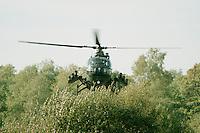 10.09.1995, Germany/Munster:<br /> BO-105 P, Panzerabwehrhubschrauber 1 der Bundeswehr, Verwendung im Heer, Lehrvorf&uuml;hrung der Panzertruppenschule Munster<br /> Image: 19951009-01/06-19<br />  <br />  <br />  <br /> KEYWORDS: Hubschrauber, Waffe, helicopter, wappon,