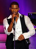 11/4/2008 - Usher Performs in Washington DC