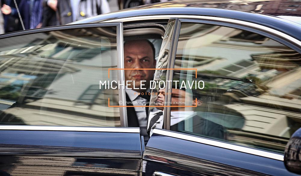 Angelino Alfano al Teatro Carignano di Torino per una manifestazione del Nuovo Centro Destra.