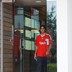 090813 Liverpool sign Aquilani