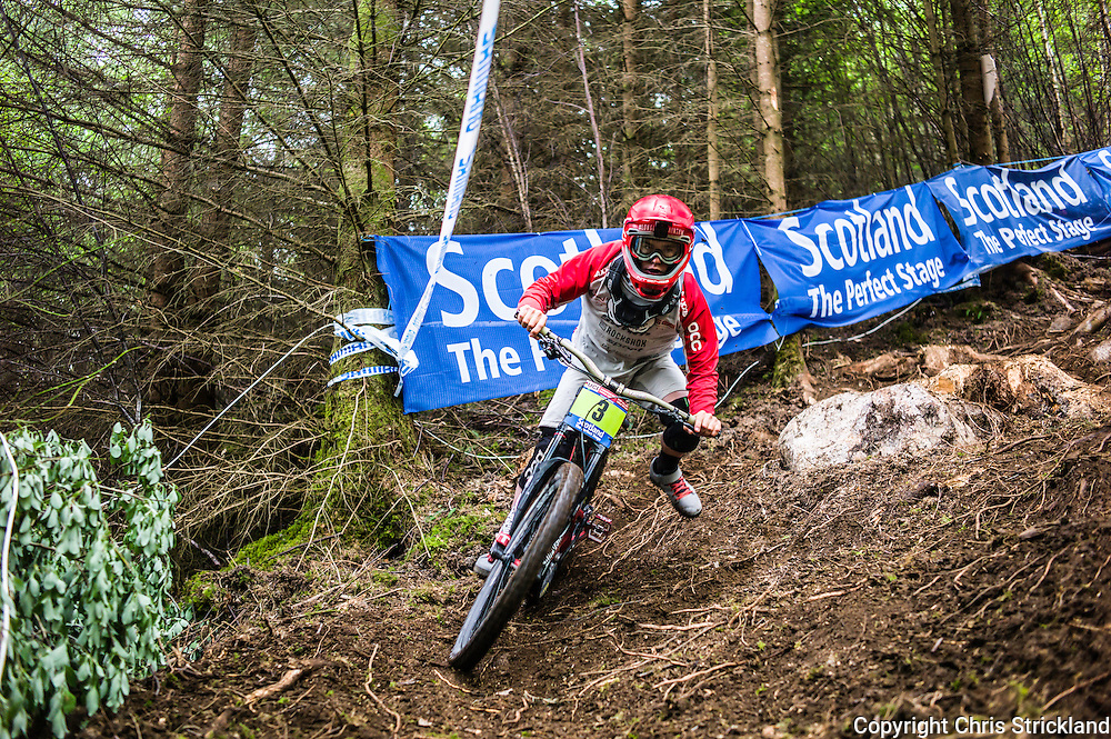Nevis Range, Fort William, Scotland, UK. 4th June 2016. Nikolas Nestoroff of the USA tackling roots and dirt. The worlds leading mountain bikers descend on Fort William for the UCI World Cup on Nevis Range.