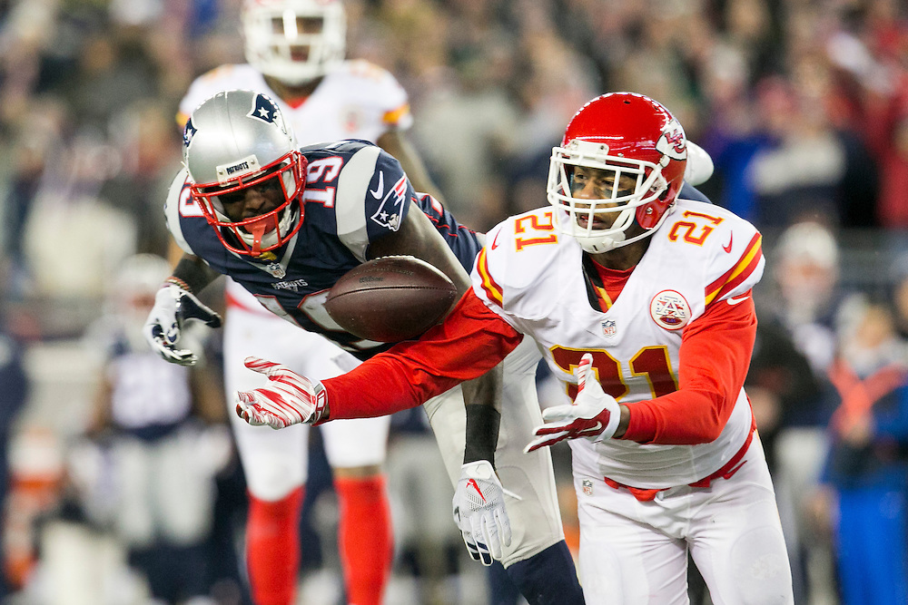 Kansas City Chiefs cornerback Sean Smith (21) breaks up a pass intended for New England Patriots wide receiver Brandon LaFell (19) in the second quarter of the AFC Divisional Playoff game at Gillette Stadium in Foxborough, Massachusetts on January 16, 2016.     Photo by Kelvin Ma/ UPI