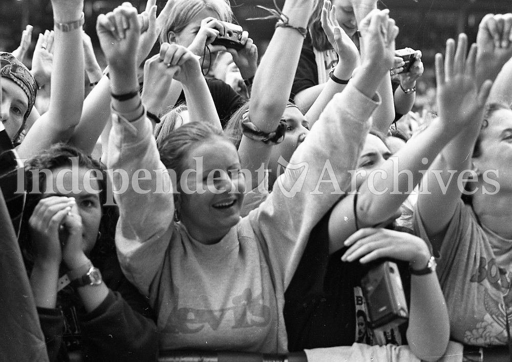 Bon Jovi fans at the RDS, Dublin, 13/07/1996 (Part of the Independent Newspapers Ireland/NLI Collection)