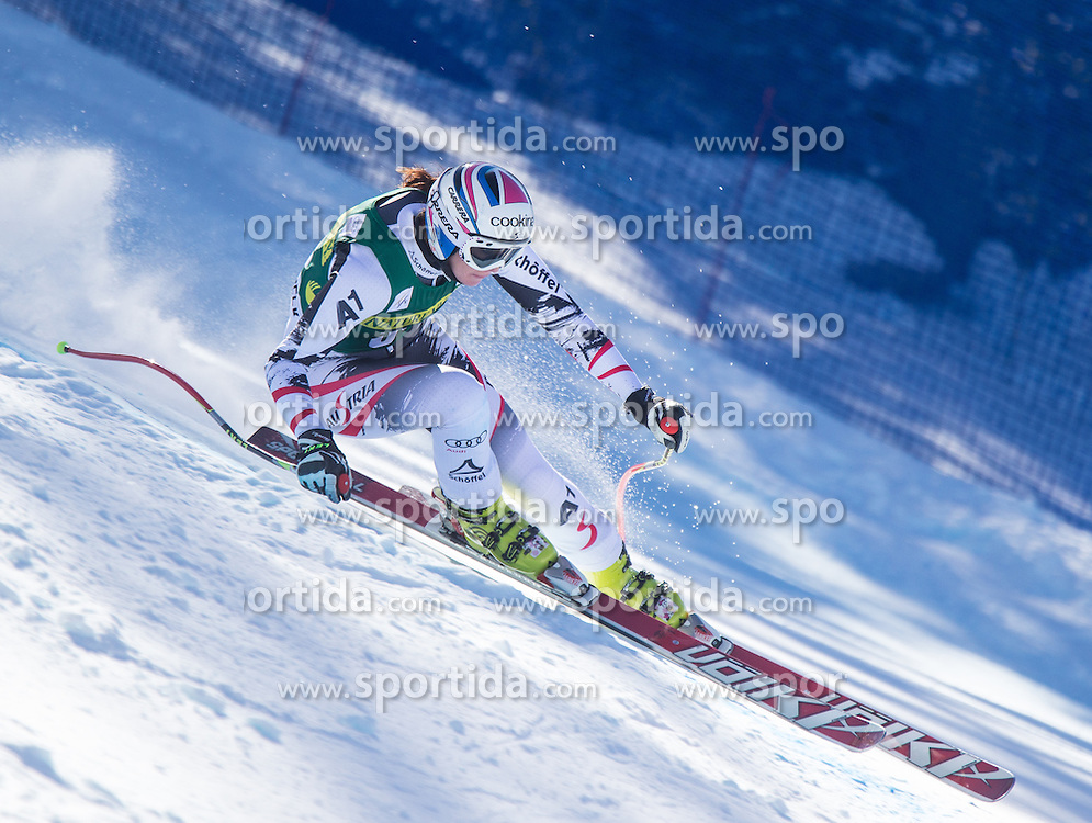 27.11.2013, Birds of Prey Raptor, Beaver Creek, USA, FIS Ski Weltcup, Beaver Creek, Abfahrt, Damen, 2. Training, im Bild Cornelia Huetter (AUT) // Cornelia Huetter of Austria during the 2nd practice run of ladies Downhill of the Beaver Creek ladies FIS Ski Alpine World Cup at the Birds of Prey Raptor in Beaver Creek, United States on 2012/11/27. EXPA Pictures © 2013, PhotoCredit: EXPA/ Johann Groder