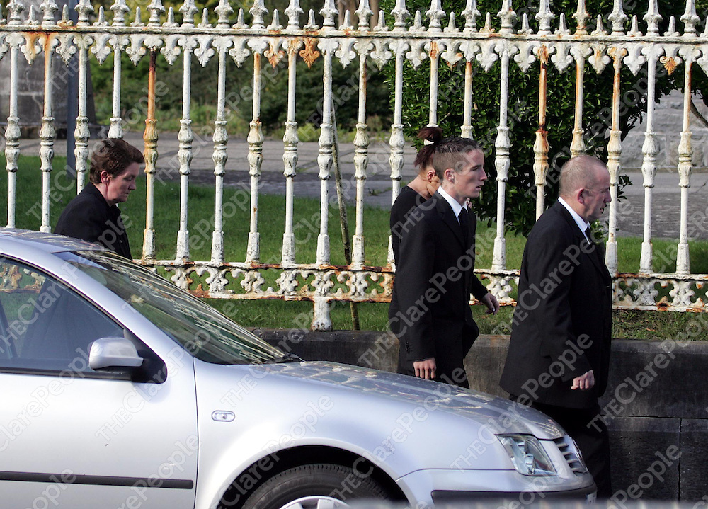 290805<br />Family members of Ann Walsh arriving at St Sennans Church Kilrush Co Clare for her funeral mass on Monday Morning (mother Ann far left and father Stephen right).Pic Arthur Ellis/Press 22.