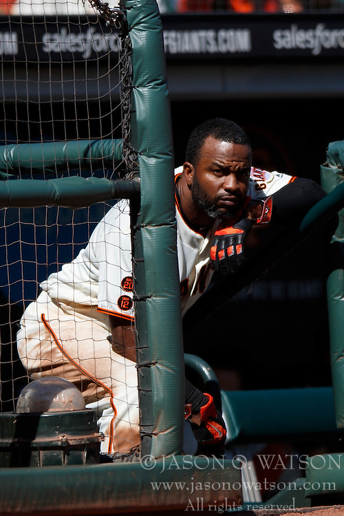 SAN FRANCISCO, CA - OCTOBER 02: Denard Span #2 of the San Francisco Giants stands in the dugout during the fifth inning against the Los Angeles Dodgers at AT&T Park on October 2, 2016 in San Francisco, California. The San Francisco Giants defeated the Los Angeles Dodgers 7-1. (Photo by Jason O. Watson/Getty Images) *** Local Caption *** Denard Span