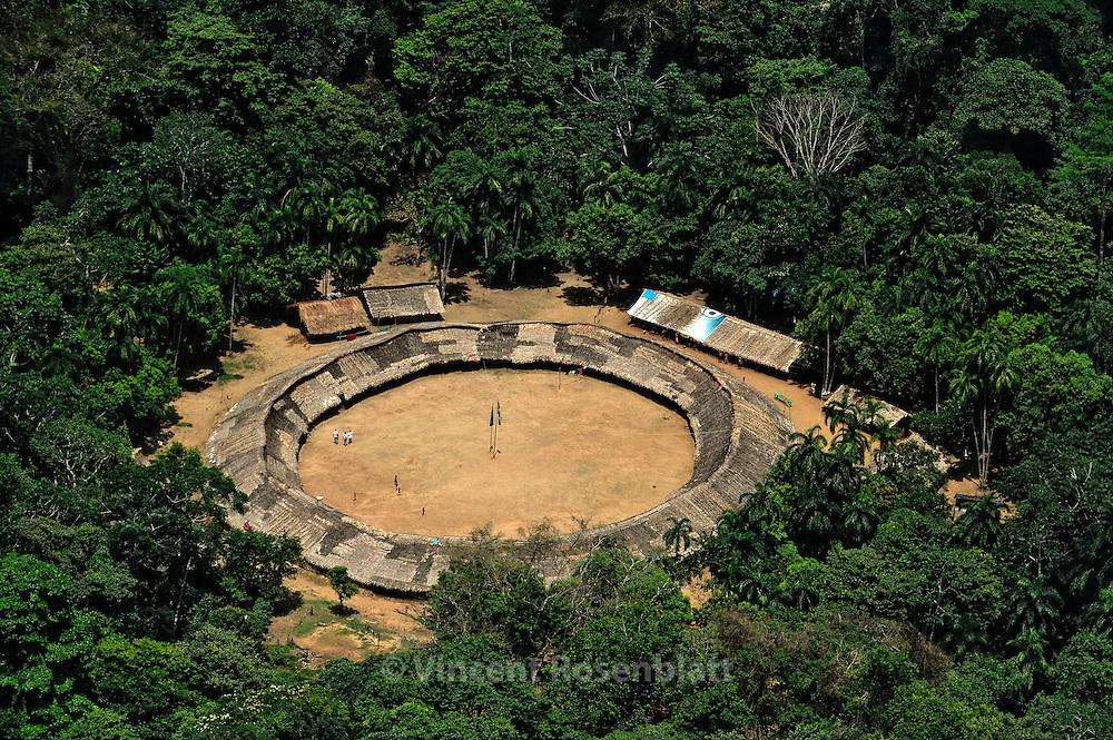 The Yanomami village Watoriki - The windy mountains - near the Demini river, headquarter of Davi Kopenawa.
