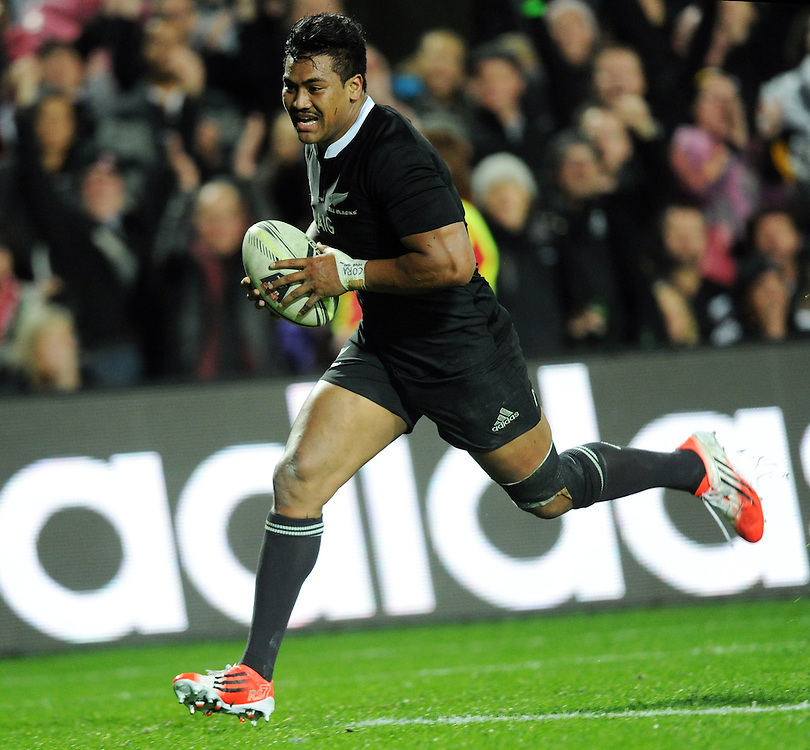 New Zealand's Julian Savea trybound for this third try against England in the third International Rugby Test at Waikato Stadium, Hamilton, New Zealand, Saturday, June 21, 2014.Credit:SNPA / Ross Setford