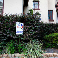 ORLANDO, FL -- October 21, 2010 -- An empty parking lot and worn signs remain at the former Florida Tea Party offices in Orlando, Fla., on Thursday, October 21, 2010.