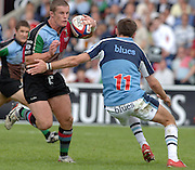 2005_06 National Division One, NEC Harlequins vs Newbury, Mel Deane, attacks through the middle evading Matrin Nutt's tackle.Twickenham Stoop: 17.09.2005   © Peter Spurrier/Intersport Images - email images@intersport-images..