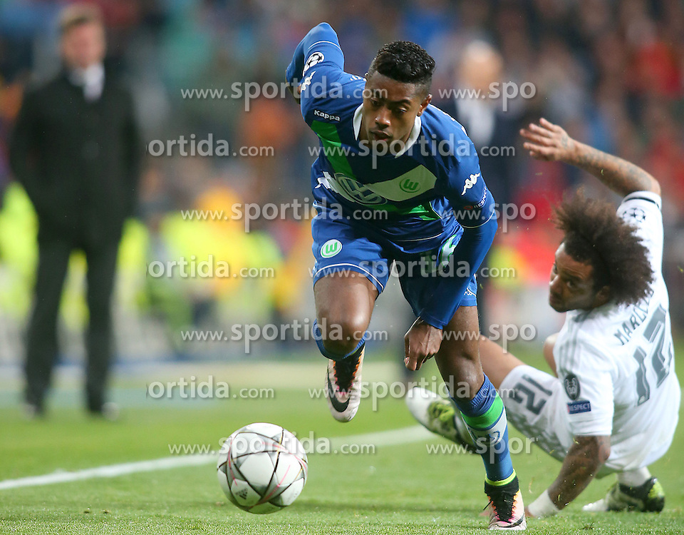 12.04.2016, Estadio Santiago Bernabeu, Madrid, ESP, UEFA CL, Real Madrid vs VfL Wolfsburg, Viertelfinale, Rueckspiel, im Bild Real Madrid's Marcelo Vieira (r) and WfL Wolfsburg's Bruno Henrique // during the UEFA Champions League Quaterfinal, 2nd Leg match between Real Madrid and VfL Wolfsburg at the Estadio Santiago Bernabeu in Madrid, Spain on 2016/04/12. EXPA Pictures &copy; 2016, PhotoCredit: EXPA/ Alterphotos/ Acero<br /> <br /> *****ATTENTION - OUT of ESP, SUI*****
