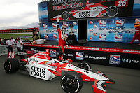 Dan Wheldon wins the IRL championship at the California Speedway, Toyota Indy 400, October 16, 2005