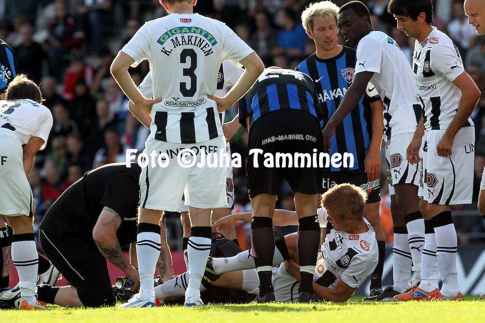 16.6.2011, Veritas stadion, Kupittaa, Turku..Veikkausliiga 2011, FC TPS Turku - FC Inter Turku..TPS:n Petteri Pennanen paikattavana.