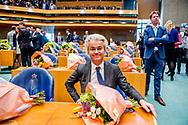 DEN HAAG -  Geert Wilders pvv  legt de eed af tijdens de installatie van de nieuwe Kamerleden na de Tweede Kamerverkiezingen.  ROBIN UTRECHT<br /> democratie formatie holland installatie kabinetsformatie kamerleden kiezen nieuwe partijpolitiek politicus politiek tk2017 van