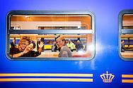 30-11-2016 AMSTERDAM - Royal Departure by train from Amsterdam Central Station to Utrecht Central Station. Visit of Queen Maxima and Queen Mathilde at Utrecht Central Station, King Philippe and Queen Mathilde and King Maxima and King William Alexander during day three of the state visit to the Netherlands. State Visit to the Netherlands during day three of the state visit to the Netherlands of King of the Belgians Filip accompanied by Queen Mathilde. King Willem Alexander and Queen Maxima. COPYRIGHT ROBIN UTRECHT<br /> 30-11-2016 AMSTERDAM  - Vertrek per Koninklijke Trein van Amsterdam CS naar Utrecht Centraal Station. Bezoek van Koningin M&aacute;xima en Koningin Mathilde aan Utrecht Centraal Station Koning Filip and koningin mathilde en koning Maxima en koning willem Alexander tijdens dag 3 van het Staatsbezoek aan Nederland. Staatsbezoek aan Nederland van tijdens dag 3 van het Staatsbezoek aan Nederland van Koning Filip der Belgen vergezeld door Koningin Mathilde. Koning Willem Alexander en koningin Maxima. COPYRIGHT ROBIN UTRECHT