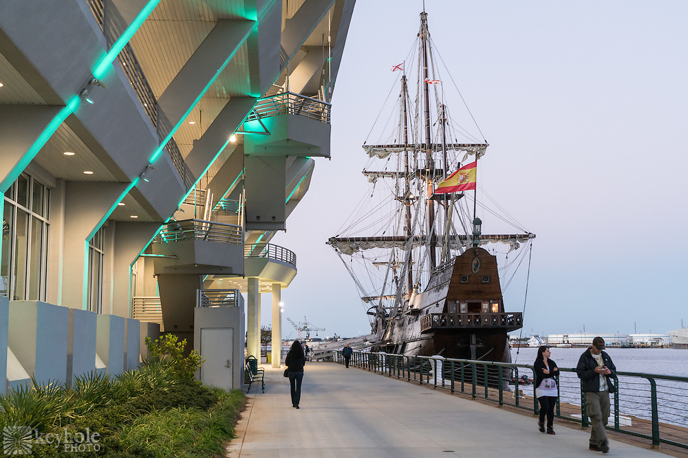 People walk by the docked Spanish ship El Galeón in downtown Mobile, Alabama, Wednesday, Nov. 25, 2015.