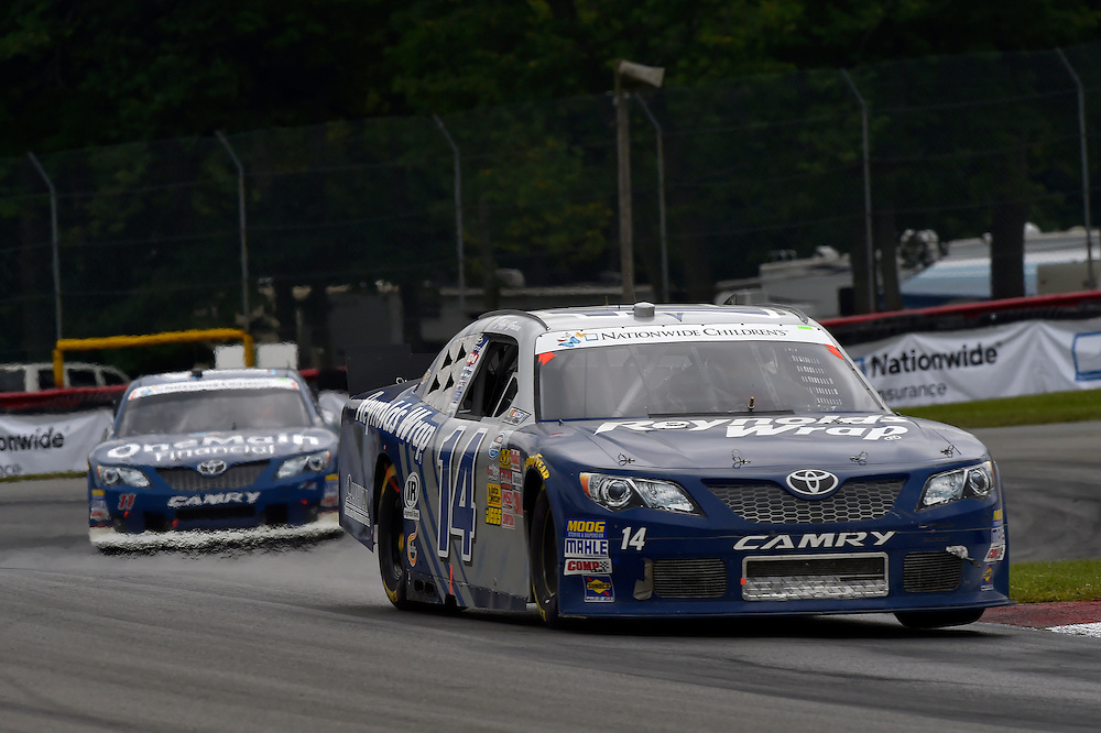 15-16 August, 2014, Lexington, Ohio USA<br /> Jeff Green, Elliott Sadler, OneMain Financial Toyota Camry<br /> &copy;2014, Scott R LePage <br /> LAT Photo USA