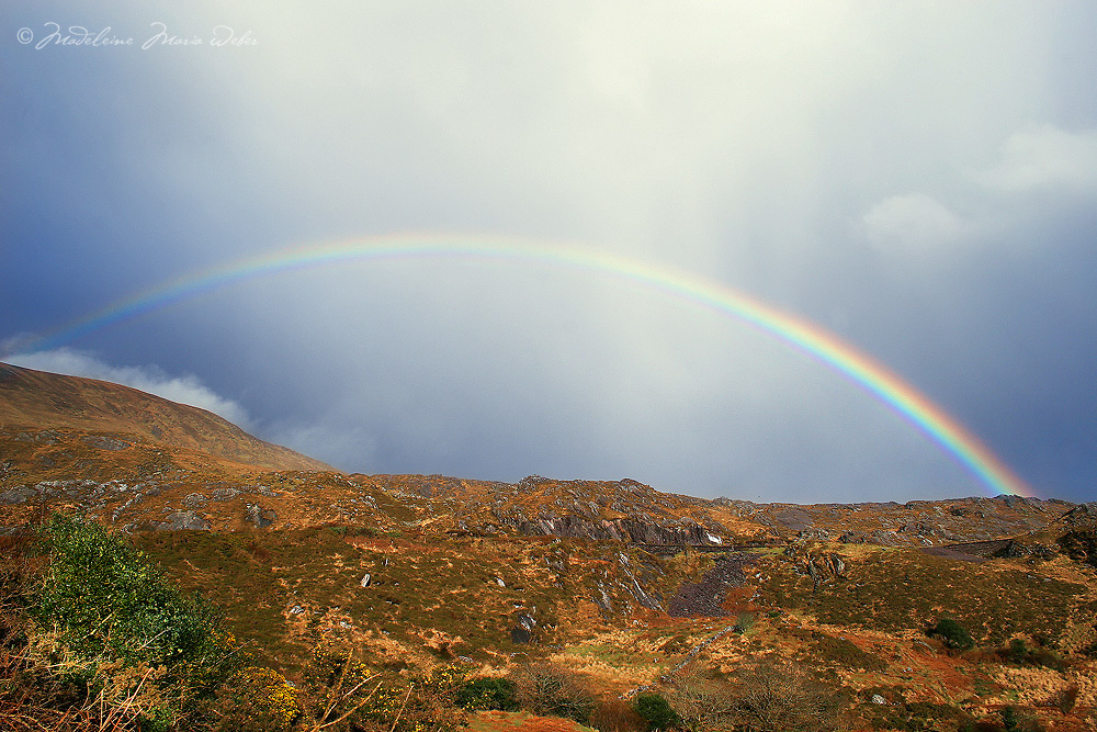 Rainbow at Derrynane/Caherdaniel, County Kerry, Ireland. / rb009