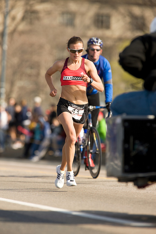 leader and eventual 2nd place finisher Magdalena Lewy Boulet approaching half way point in race