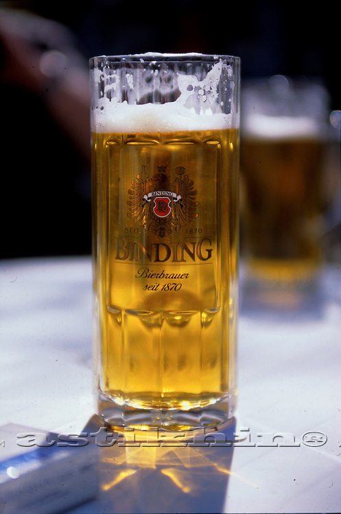 One liter mug of Binding Beer